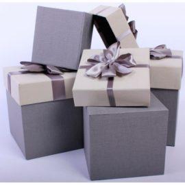 Японская профессиональная косметика в дизайнерской упаковке в подарок